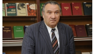 Iskhak Mashbash, Circassian poet and novelist